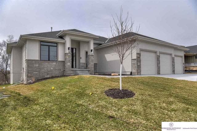 635 S 243 Street, Waterloo, NE 68069 (MLS #22029587) :: Capital City Realty Group