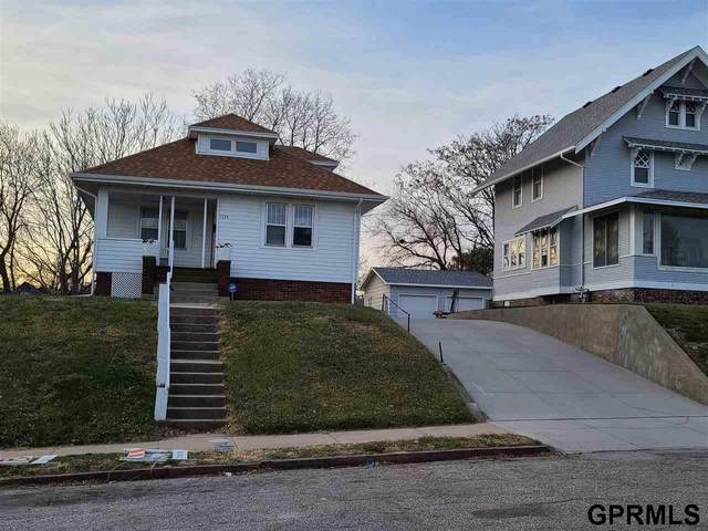 1734 S 29th Street, Omaha, NE 68105 (MLS #22029709) :: Stuart & Associates Real Estate Group