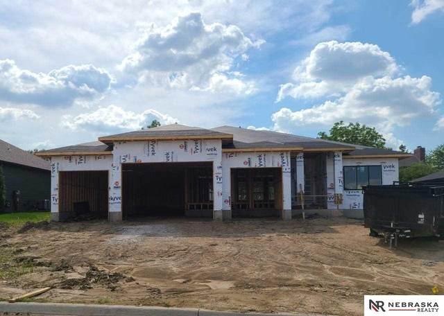 1121 S 88th Street, Lincoln, NE 68520 (MLS #22031103) :: Omaha Real Estate Group