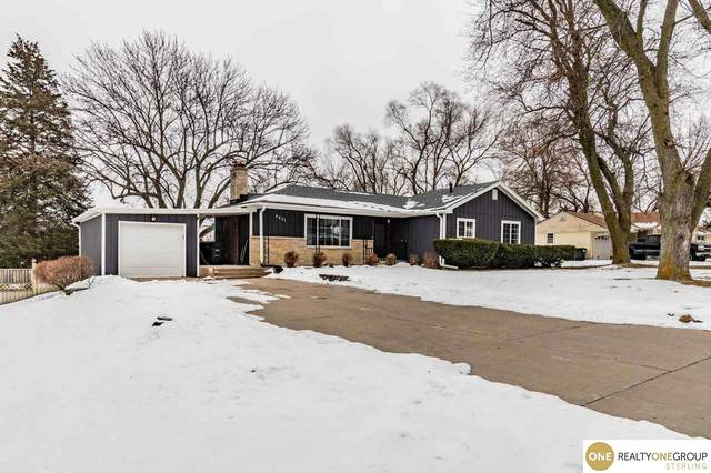 5531 N 50th Avenue, Omaha, NE 68104 (MLS #22100069) :: One80 Group/Berkshire Hathaway HomeServices Ambassador Real Estate