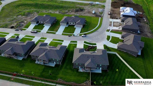 3756 Twin Creek Road, Lincoln, NE 68516 (MLS #22100208) :: Dodge County Realty Group