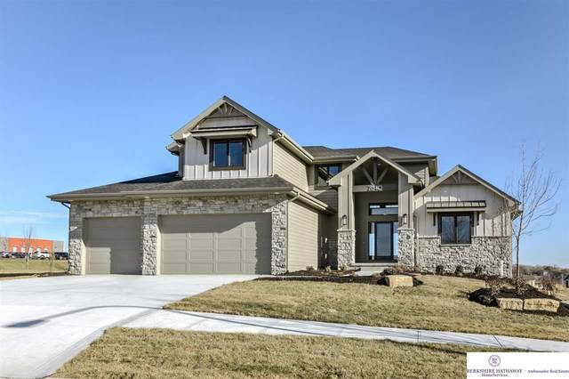 21540 B Street, Elkhorn, NE 68022 (MLS #22100223) :: The Briley Team