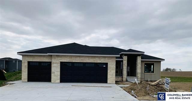 820 N 11 Circle, Springfield, NE 68116 (MLS #22100400) :: Complete Real Estate Group
