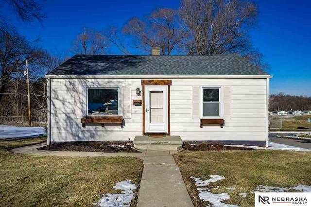 3802 Maple Street, Omaha, NE 68111 (MLS #22100424) :: Dodge County Realty Group