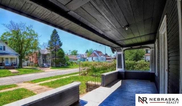 4338 Erskine Street, Omaha, NE 68111 (MLS #22101008) :: Stuart & Associates Real Estate Group