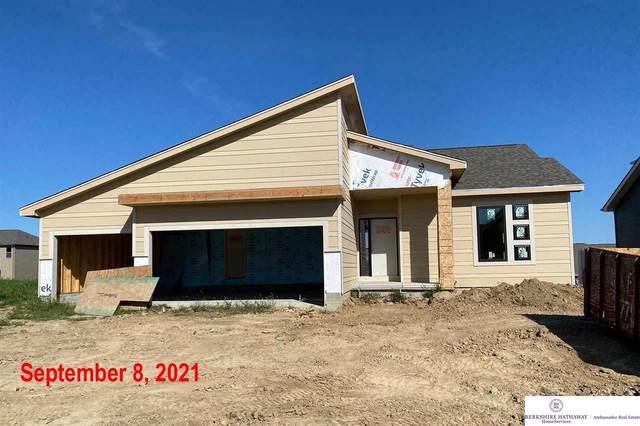 4909 N 209 Avenue, Elkhorn, NE 68022 (MLS #22101343) :: Lincoln Select Real Estate Group