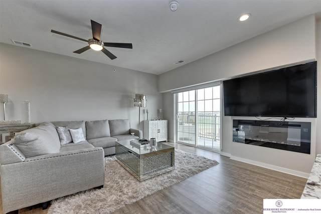 5933 N 158 Court #308, Omaha, NE 68116 (MLS #22101409) :: Catalyst Real Estate Group