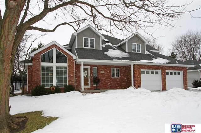 5901 Robin Court, Lincoln, NE 68516 (MLS #22101646) :: Stuart & Associates Real Estate Group