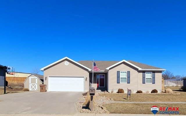 910 6th Street, Milford, NE 68405 (MLS #22101700) :: The Homefront Team at Nebraska Realty