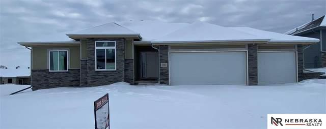 7387 N 169 Street, Bennington, NE 68007 (MLS #22101741) :: Berkshire Hathaway Ambassador Real Estate