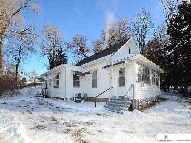 3132 Craig Avenue, Omaha, NE 68112 (MLS #22101837) :: Omaha Real Estate Group