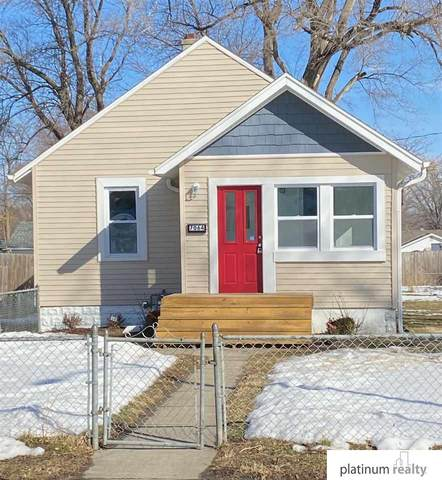 7064 Wirt Street, Omaha, NE 68104 (MLS #22102703) :: Omaha Real Estate Group