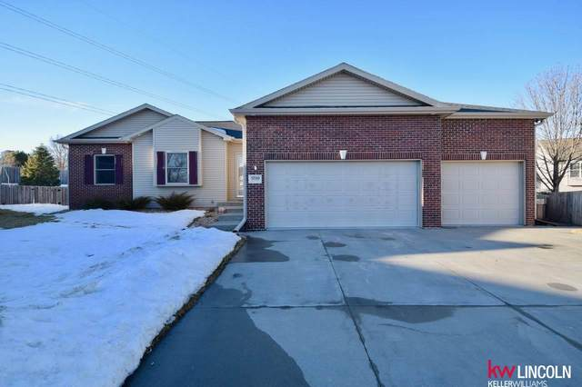 5700 Big Horn Drive, Lincoln, NE 68516 (MLS #22102868) :: Capital City Realty Group
