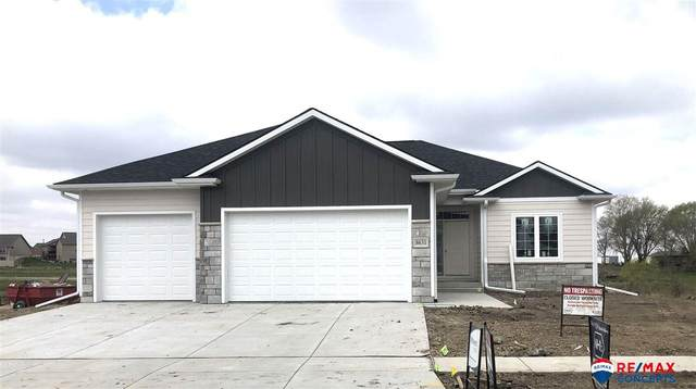 8631 S 81st Street, Lincoln, NE 68516 (MLS #22102997) :: Lincoln Select Real Estate Group