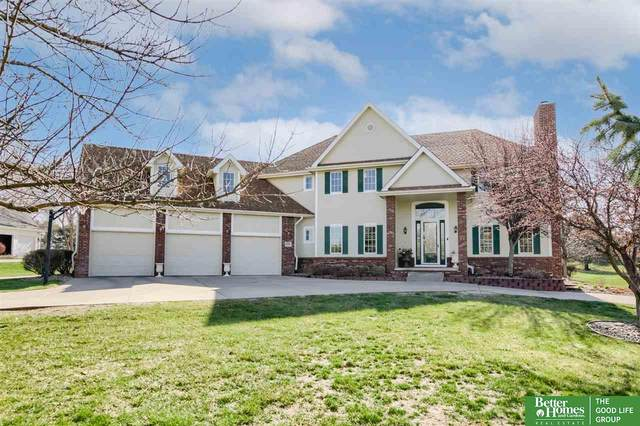 20181 Woodridge Drive, Gretna, NE 68028 (MLS #22103599) :: One80 Group/KW Elite