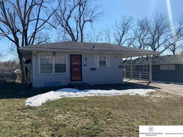 4527 Laurel Avenue, Omaha, NE 68104 (MLS #22103630) :: Stuart & Associates Real Estate Group