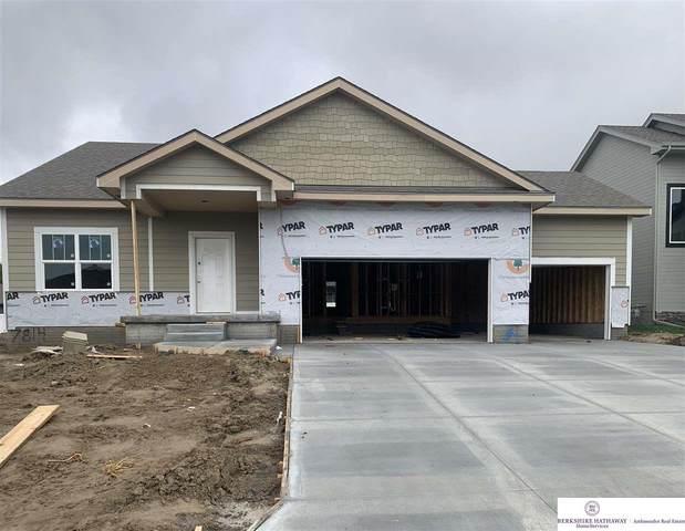 7814 S 197 Street, Gretna, NE 68028 (MLS #22104906) :: Elevation Real Estate Group at NP Dodge