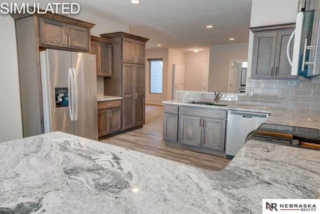 2914 Sheila Lane, Lincoln, NE 68516 (MLS #22105330) :: Omaha Real Estate Group