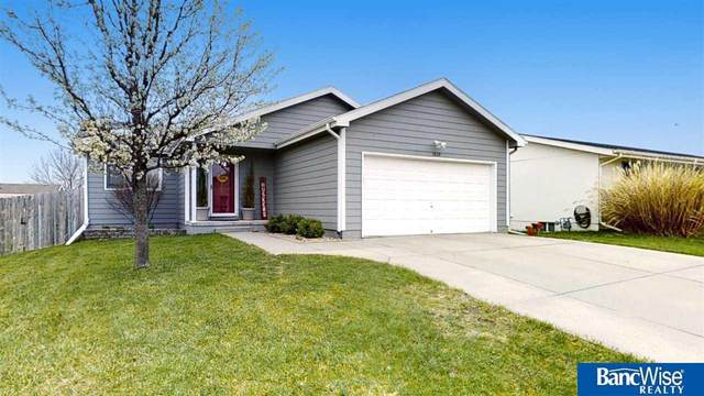 1830 SW 32 Street, Lincoln, NE 68522 (MLS #22106528) :: Dodge County Realty Group