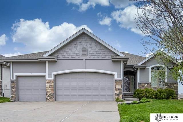 416 S 201 Avenue, Omaha, NE 68022 (MLS #22106628) :: Omaha Real Estate Group