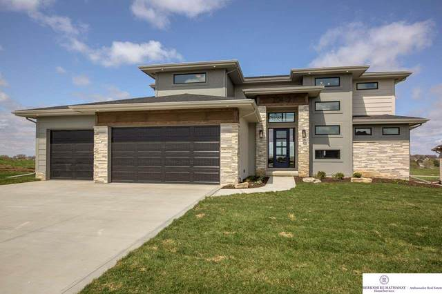 20462 Boulder Street, Gretna, NE 68028 (MLS #22106775) :: The Briley Team