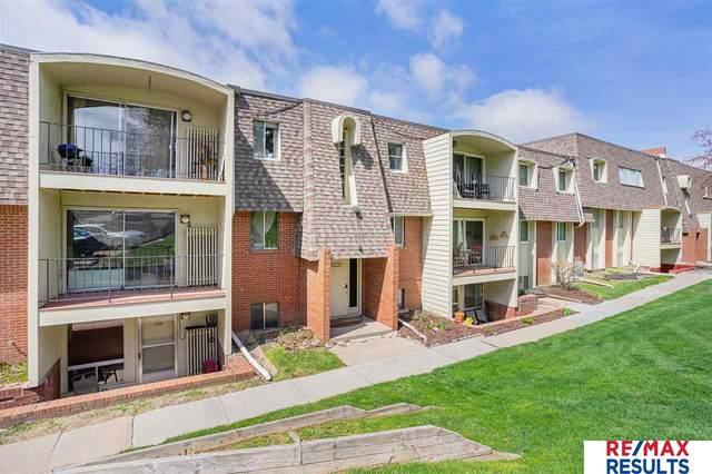 1231 S 121 Plaza #110, Omaha, NE 68144 (MLS #22106812) :: Dodge County Realty Group