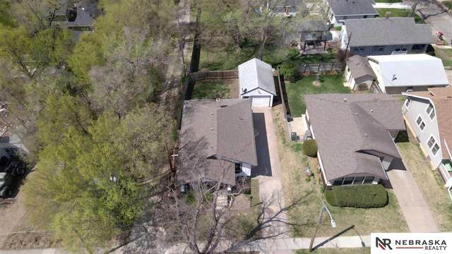 2915 S 13Th Street, Lincoln, NE 68502 (MLS #22106837) :: Lincoln Select Real Estate Group
