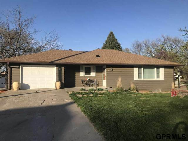 749 Ash Street, Adams, NE 68301 (MLS #22107011) :: Berkshire Hathaway Ambassador Real Estate