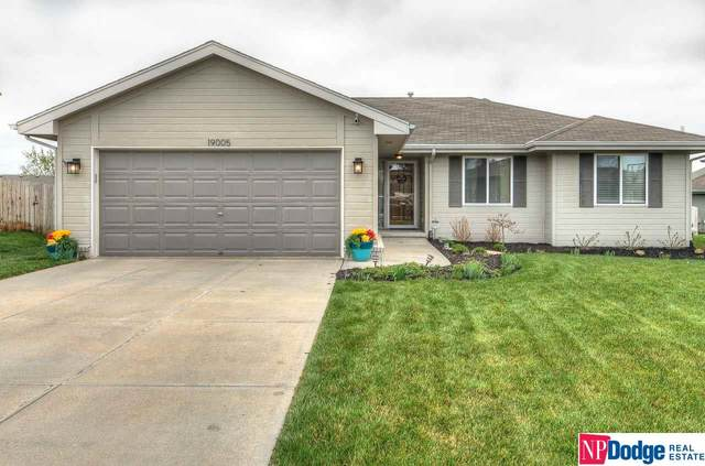 19005 Ohio Street, Elkhorn, NE 68022 (MLS #22107155) :: The Briley Team