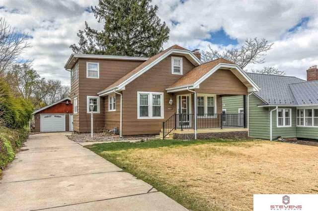 4679 Pierce Street, Omaha, NE 68106 (MLS #22108138) :: Capital City Realty Group