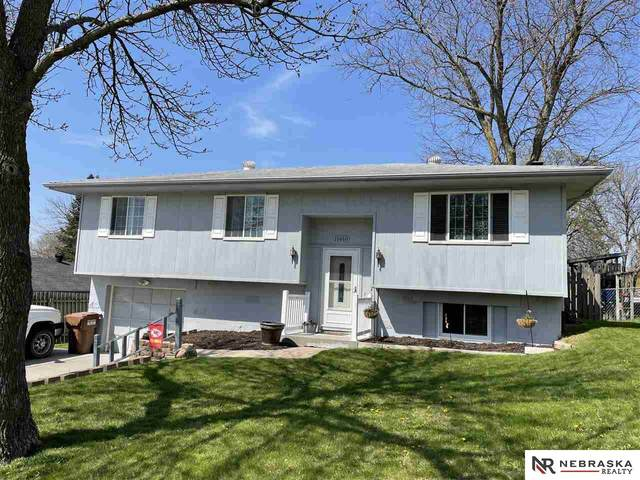 11810 N 157th Street, Bennington, NE 68007 (MLS #22108193) :: kwELITE