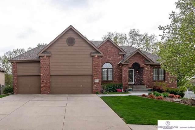 17517 O Street, Omaha, NE 68135 (MLS #22108244) :: Don Peterson & Associates
