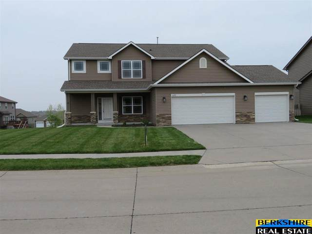 4213 N 175th Street, Omaha, NE 68116 (MLS #22108358) :: Lincoln Select Real Estate Group