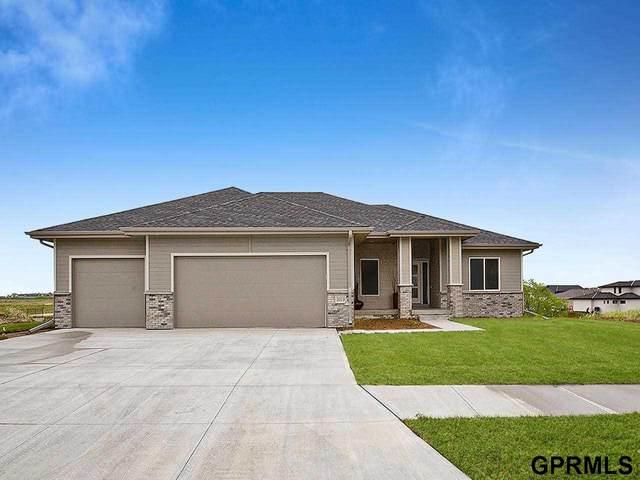 3019 N 185 Street, Elkhorn, NE 68022 (MLS #22108745) :: Omaha Real Estate Group