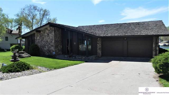 12518 Cottonwood Lane, Springfield, NE 68059 (MLS #22108996) :: Dodge County Realty Group