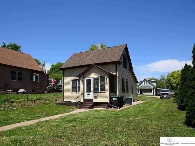 3706 Arbor Street Street, Omaha, NE 68105 (MLS #22109921) :: Don Peterson & Associates