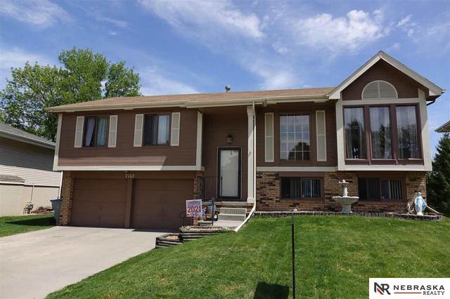 7107 Audrey Street, Omaha, NE 68138 (MLS #22110080) :: Capital City Realty Group