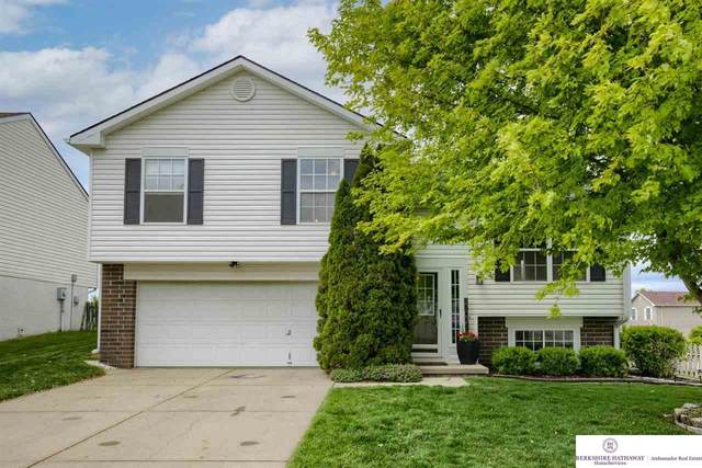 2702 Michaela Street, Bellevue, NE 68123 (MLS #22110354) :: Cindy Andrew Group
