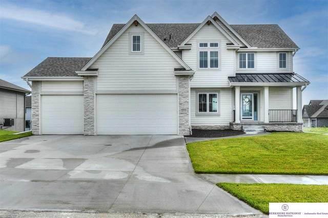 12713 S 74th Street, Papillion, NE 68046 (MLS #22111571) :: Berkshire Hathaway Ambassador Real Estate