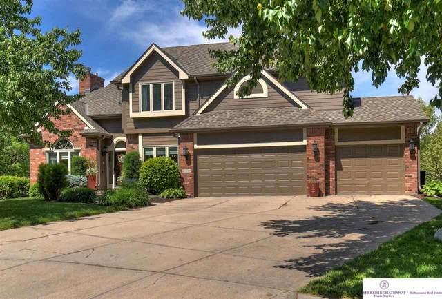 2006 S 182 Avenue Circle, Omaha, NE 68130 (MLS #22111798) :: Berkshire Hathaway Ambassador Real Estate