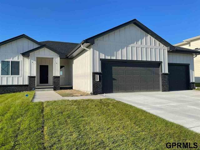 18609 Patrick Avenue, Elkhorn, NE 68022 (MLS #22111853) :: Complete Real Estate Group