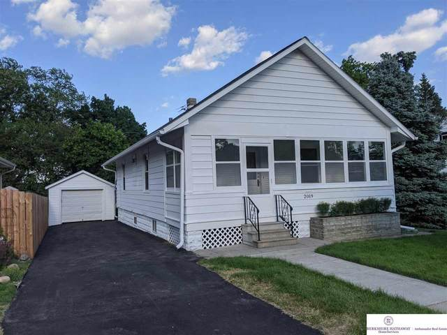 2019 N 48 Avenue, Omaha, NE 68104 (MLS #22112324) :: Berkshire Hathaway Ambassador Real Estate
