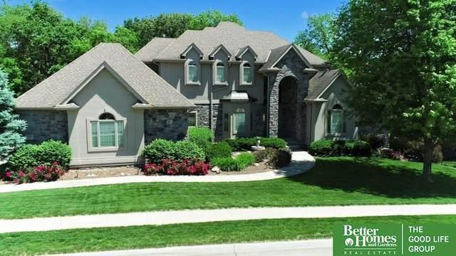 11705 Windcrest Drive, Papillion, NE 68133 (MLS #22112417) :: Berkshire Hathaway Ambassador Real Estate