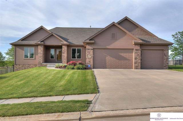 19911 Elkhorn Ridge Drive, Elkhorn, NE 68022 (MLS #22112883) :: The Briley Team