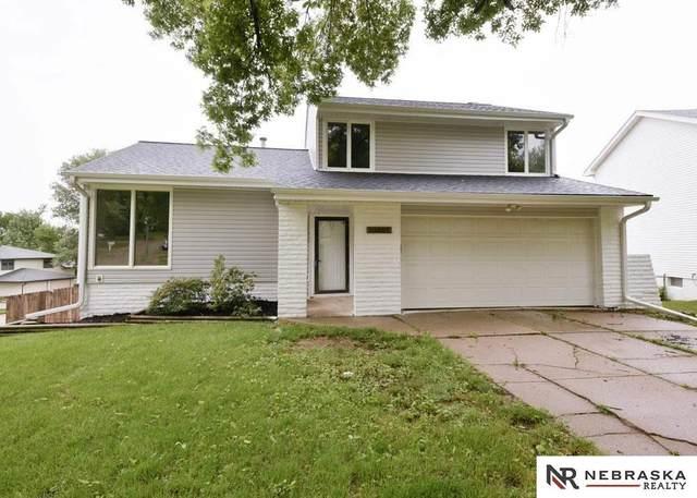 13001 S 33rd Circle, Bellevue, NE 68123 (MLS #22112927) :: Berkshire Hathaway Ambassador Real Estate