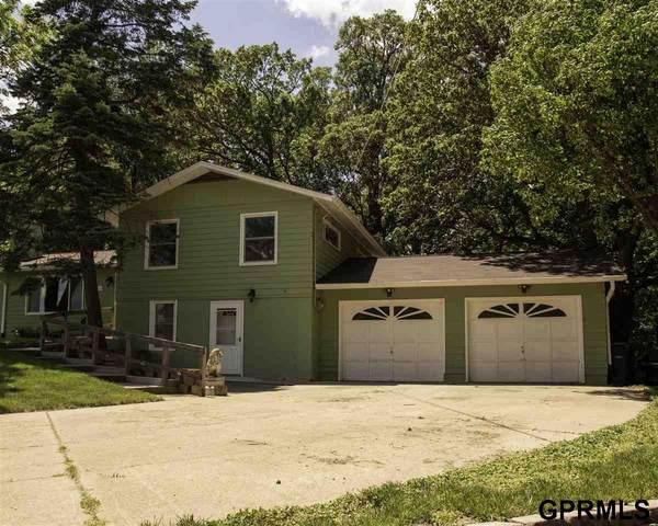1612 Jefferson Street, Bellevue, NE 68005 (MLS #22113034) :: Capital City Realty Group