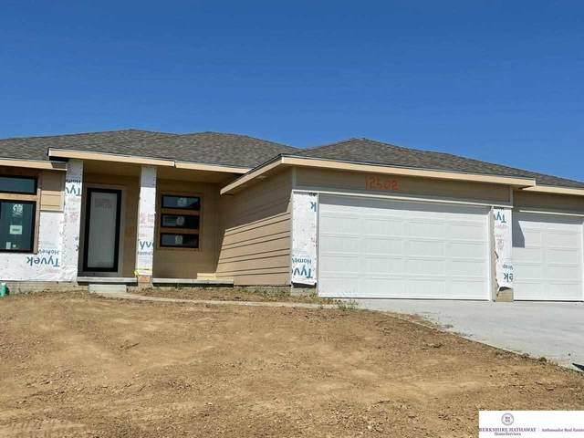 12502 Carpenter Street, Papillion, NE 68046 (MLS #22113374) :: Omaha Real Estate Group
