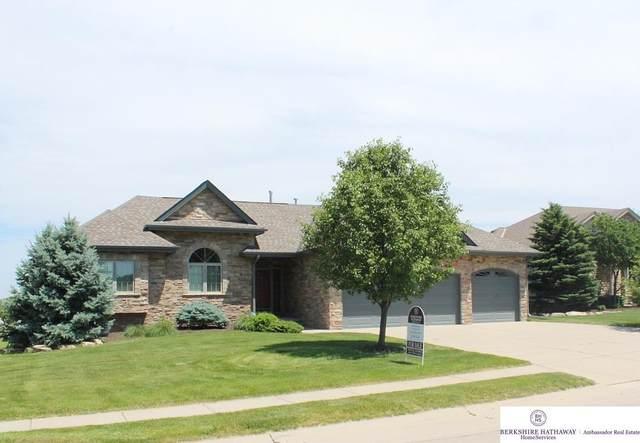 6811 N 162 Street, Omaha, NE 68116 (MLS #22113666) :: Cindy Andrew Group