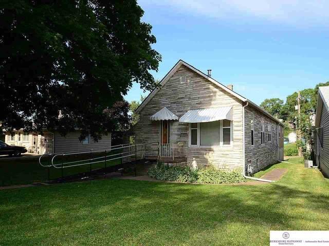 4310 S 26 Street, Omaha, NE 68107 (MLS #22113810) :: Lincoln Select Real Estate Group
