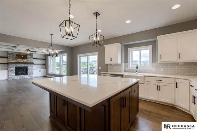20723 Nina Street, Omaha, NE 68022 (MLS #22114112) :: Lincoln Select Real Estate Group